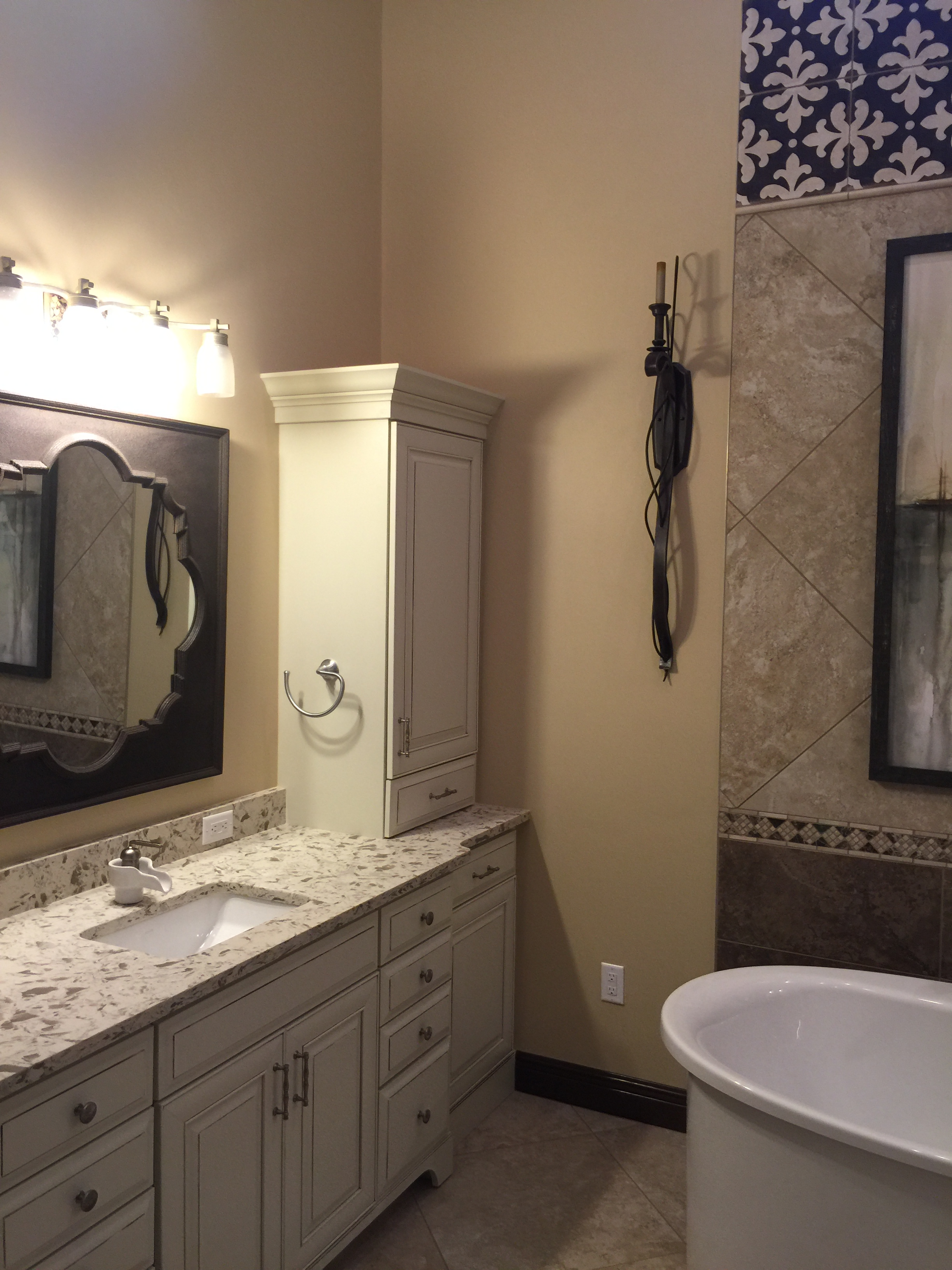 Bathroom Tile | Remodeling | Granit Countertops | Custom Cabinets | Sunset Builders & Maintenance